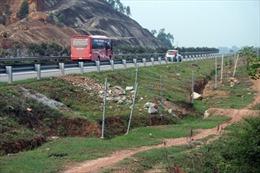 """Tai nạn """"rình rập"""" trên cao tốc Nội Bài – Lào Cai"""