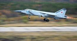 MiG-31 Nga chặn máy bay do thám Mỹ
