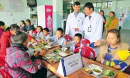 Tăng số người cận nghèo tiếp cận bảo hiểm y tế