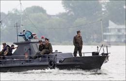 Triều Tiên thả thuyền buồm Nga