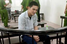 18 năm tù cho lái xe đâm, kéo lê CSGT Hà Nội