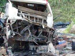 Nổ xe khách liên vận Lào-Việt, 8 người Việt Nam tử vong