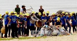 Người dân Quảng Bình mong biển luôn trong sạch