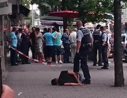 Cận cảnh bắt giữ kẻ tấn công bằng dao ở Đức