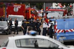 Pháp xác định danh tính đối tượng tấn công nhà thờ