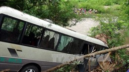 Liên tiếp tai nạn trên QL 3, hàng chục người bị thương