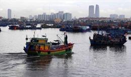 Đêm nay, ven biển Quảng Bình-Quảng Ngãi gió giật cấp 9-10