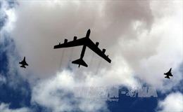 """Mỹ sẽ điều """"pháo đài bay"""" B-52 tới Hàn Quốc"""