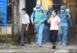 Một trẻ sơ sinh nghi mắc chứng đầu nhỏ tại Đắk Lắk