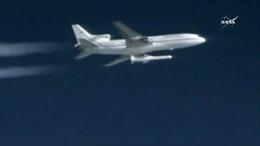 Kinh ngạc, NASA phóng tên lửa mang vệ tinh từ máy bay dân dụng