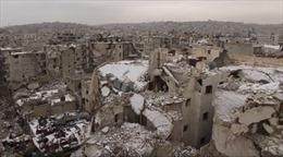 Tuyết rơi trắng thành cổ Aleppo hoang tàn sau chiến tranh