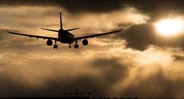 Ukraine cho phép bắn máy bay vi phạm biên giới