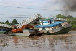 Vụ sập cầu tại Cà Mau: Sà lan gây tai nạn chở quá tải trọng