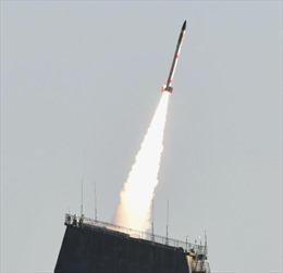 Nhật Bản phóng tên lửa nhỏ nhất thế giới chở vệ tinh