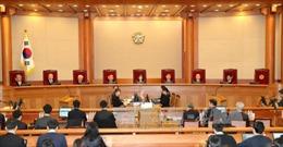 Tổng thống Park chỉ định 15 luật sư bào chữa khi bị luận tội