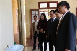 Tặng 1.000 chậu rửa cho huyện nghèo tỉnh Thanh Hóa