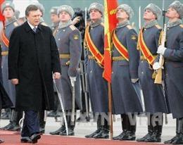 Cựu Tổng thống Ukraine Yanukovich sẽ bị EU trừng phạt thêm 1 năm