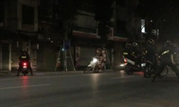 Hà Nội: Bắt khẩn cấp 8 thanh niên chạy xe lạng lách, đánh võng