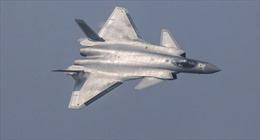 Trung Quốc đưa vào hoạt động máy bay tàng hình J-20 thế hệ mới