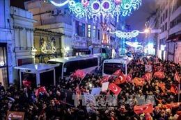 Cảnh sát Hà Lan giải tán người biểu tình ủng hộ Thổ Nhĩ Kỳ