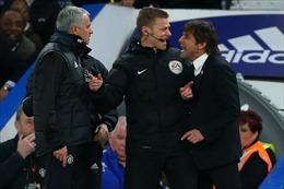 HLV Jose Mourinho 'phản pháo' các CĐV Chelsea