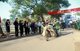 Độc đáo thi xe đạp thồ tại Lễ hội Hoa Ban Điện Biên năm 2017