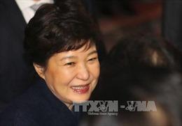 Cựu Tổng thống Park Geun-hye cam kết hợp tác điều tra