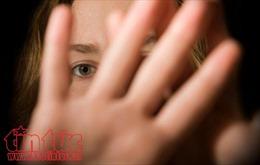 Thêm một bé gái 3 tuổi nghi bị xâm hại