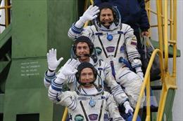 Sau gần 6 tháng trên ISS, 3 phi hành gia đã trở về Trái Đất