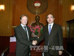 Đồng chí Nguyễn Thiện Nhân tiếp Đại sứ, Trưởng phái đoàn Liên minh châu Âu