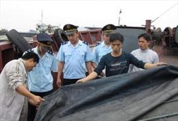 Phạt thuyền trưởng vận chuyển hơn 70 tấn than lậu 50 triệu đồng