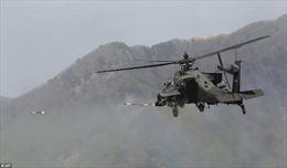 Pháo binh Triều Tiên rào rào khạc lửa, chiến đấu cơ Mỹ-Hàn ào ạt thả bom xuống mục tiêu
