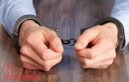 Khởi tố giám đốc doanh nghiệp khai thác cát trái phép, hành hung phó chủ tịch xã