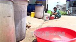 Kon Tum: Hàng ngàn hộ dân thiếu nước sinh hoạt, dịch vụ bán nước sạch đắt khách