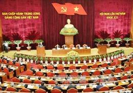 Kỷ luật cảnh cáo và thôi giữ chức Ủy viên Bộ Chính trị với đồng chí Đinh La Thăng