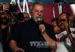Cựu Tổng thống Brazil hầu tòa
