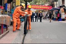 Hà Nội: Yêu cầu đẩy nhanh thi công công trình cấp điện hè 2017