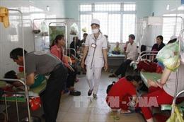 Ăn đỗ tương đóng gói trước cổng trường, 28 học sinh tiểu học nhập viện