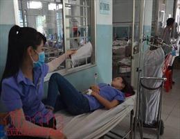 Hàng chục công nhân tại công ty TNHH quốc tế Smart Elegant VN lại nhập viện