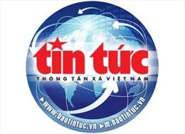 Khen thưởng tài xế taxi cứu người tự tử ở hồ Xuân Hương