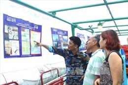 Triển lãm ảnh lưu động 'Biển đảo Việt Nam: Đẹp và thanh bình' tại Trường Sa
