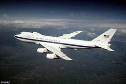Bên trong máy bay 'tận thế' theo sát Tổng thống Mỹ khắp thế giới
