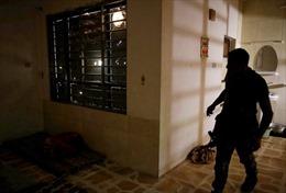 Cận cảnh nhà tù ẩn trong biệt thự của IS
