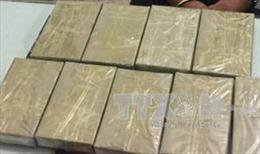 Bắt tạm giam đối tượng mua bán trái phép 16 bánh heroin