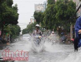 Thời tiết ngày 13/6: Nhiều vùng trên cả nước có mưa, Hà Nội rải rác có dông