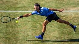 Bất ngờ Roger Federer thua ngay trận đầu tiên trở lại sân cỏ
