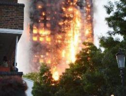 Vụ cháy chung cư tại Anh: Không có dấu hiệu cố tình gây cháy