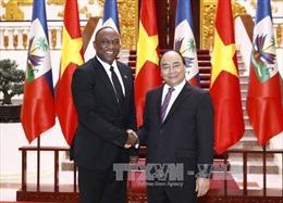 Thủ tướng Nguyễn Xuân Phúc tiếp Chủ tịch Thượng viện Cộng hòa Haiti