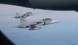 Tiêm kích NATO áp sát máy bay của Bộ trưởng Quốc phòng Nga