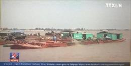 Cát tặc tung hoành khu vực cửa biển Ba Lạt